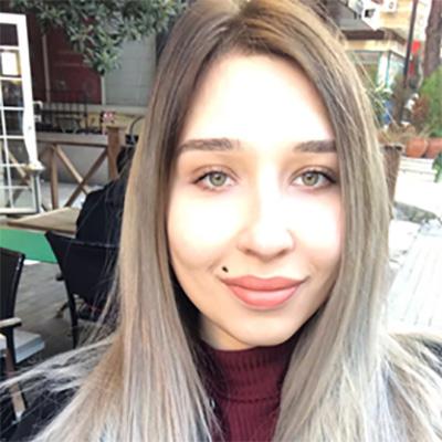 Buse Meriç Açar, Moleküler Biyoloji ve Genetik bölümü öğrencisi